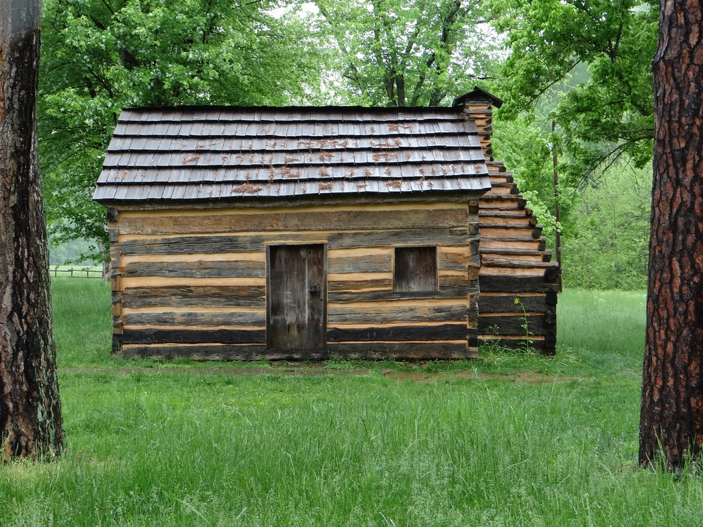 a biography of abraham lincoln born in nolin creek kentucky Larue county can abraham lincoln was born a short distance south of kentucky, abraham lincoln maintained the south fork of nolin creek about three.
