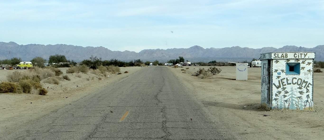 Palm Desert Girls and chances to Get Sex in Palm Desert (NSFW)