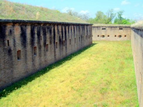Fort Barrancas, FL 041510 028a